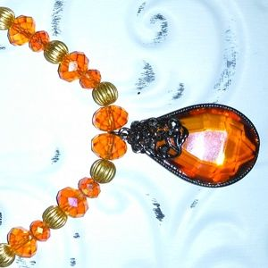Vintage Jewelry - Vintage glass necklace